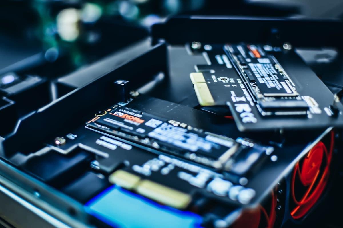 Beitragsbild SSD sicher löschen